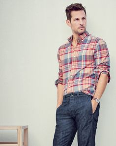 Crew men's slim Indian madras shirt in autumn leaf and Wallace & Barnes chino in indigo selvedge denim. Funny Outfits, Casual Outfits, Men Casual, Casual Wear, Madras Shirt, Moda Formal, Formal Men Outfit, Denim Outfit, Man Outfit