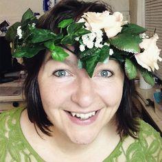 heute im #vlogtober : Oma Bärbel lädt zur #märchenstunde  #fee #gutefee #märchen link im profil folgen und dort zu facebook gehen