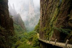 Suspended Stairs, Huangshan, China