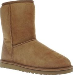 UGG australia Tan Classic Short Mens Boots Chaps, its time to see what all the fuss is about with the UGG Classic Short for men. Enjoy the comfort, warmth and luxurious pleasure of this classic boot in a tan colourway. This is one investment t http://www.comparestoreprices.co.uk/january-2017-8/ugg-australia-tan-classic-short-mens-boots.asp