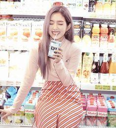 irene red velvet :: russian roulette ☆彡 Seulgi, Red Velvet アイリン, Red Velvet Irene, Red Velvet Hair Color, Velvet Style, Kpop Girl Groups, Korean Girl Groups, Kpop Girls, Red Velvet Photoshoot