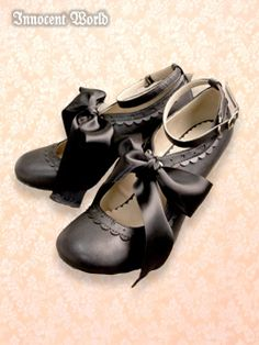 Innocent World Lolita Shoes, Lolita Dress, Dressing, Sock Shoes, Shoe Boots, Gothic Lolita Fashion, Japanese Street Fashion, Cute Fashion, Character Shoes