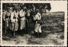 Operace Unternehmen Freudenthal byla v říjnu 1938 prvním válečným nasazením paradesantních vojsk v historii a zároveň krvavou katastrofou. Pro útočníka. Pin by Paolo Marzioli