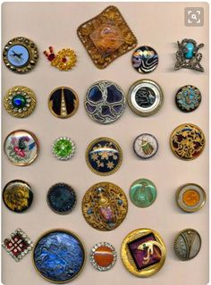 Trays of Deluxe Glass in Metal Buttons from a ButonBytes friend on FACEBOOK. #buttonlovers