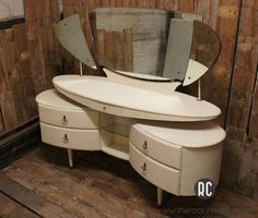 shabby chic furniture croydon Archives - The Rocky Crystal Art Deco Furniture, Retro Furniture, Shabby Chic Furniture, Cool Furniture, Furniture Design, Dressing Table Design, Dressing Tables, Antique Vanity, Dresser Sets