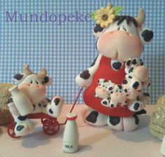 Cow Ornaments, Polymer Clay Ornaments, Sculpey Clay, Polymer Clay Art, Clay Projects, Clay Crafts, Diy And Crafts, Cow Decor, Clay Jar