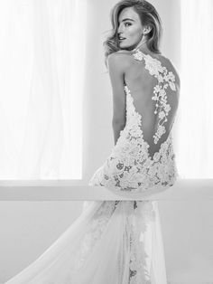 Fall in love with the Pronovias 2018 Bridal Preview Collection - Aisle Perfect | Wedding dress
