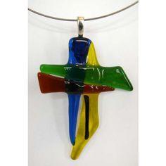 Dieses ganz besondere Kreuz (ca. 5 x 7 cm) wurde von mir in meinem Atelier entworfen und unter Verwendung genau dieser Farben zum persönlichen Glaubensbekenntnis erschaffen.    Es handelt sich um ein Unikat.