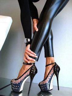 Black on black <3<3<3