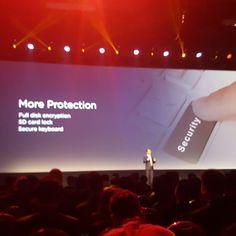 Huella digital permite cifrar el dispositivo y tarjetas microSD @huaweipanama #CES2016