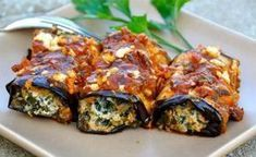 Grilled Eggplant Rolls Stuffed with Spinach and Feta Cheese (oven baked, but eggplant slices are grilled) Greek Recipes, Vegetable Recipes, Cetogenic Diet, Eggplant Rolls, Grilled Eggplant, Stuffed Eggplant, Good Food, Yummy Food, Spinach And Feta