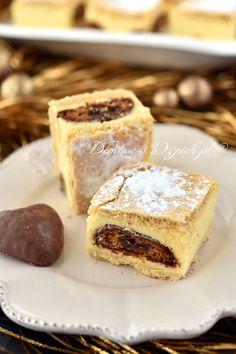 Sernik gotowany z pierniczkami Polish Recipes, Polish Food, Gingerbread Cheesecake, Brownie Bar, Granola Bars, Cookie Bars, Blondies, Raw Food Recipes, French Toast