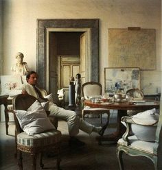 Cy Twombly at home- Horst.