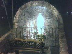 Lourdes grotto, Hollywood, California