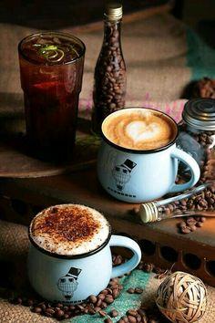 Detrás del cafe