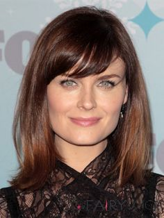 Emily Deschanel Medium Straight Casual Hairstyle with Side Swept Bangs – Dark Red Hair Color - New Site Casual Hairstyles, Wig Hairstyles, Straight Hairstyles, Hairstyle Short, Hairstyle Ideas, Emily Deschanel, Dark Red Hair, Red Hair Color, Cheap Human Hair