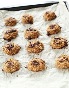 5 Ingredient Vegan Cookies | minimalistbaker.com