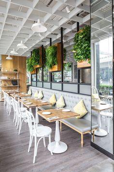 Choices in Outdoor Patio Furniture Sets – Outdoor Patio Decor Bistro Design, Design Café, Cafe Design, Rustic Design, Rustic Art, Rustic Industrial, Rustic Modern, Design Ideas, Patio Furniture Sets