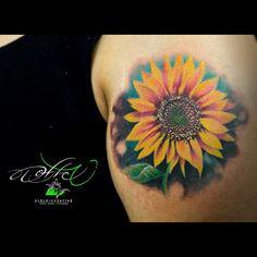 GIRASOL (diseño exclusivo para Gerardo)✳️ COTIZA TU TATUAJE o AGENDA en. WHATSAPP 5533926408 / Facebook /  @dobleu.tattooartist ✳️. . ▶️SIGUEME / FOLLOW @dobleu.tattooartist . #tattoo #tatuajes #tattoos #tatuaje #tatuajesendf #tatuajecdmx #tattoosdf #tatuadoresmexicanos #tatuadoresmx #tatuador #w #dobleu #dobleucreative #dobleutattoo #colortattoo #color #ink #inktattoo #diseño #tattoomen #girasol #brazo #sunflower #flores