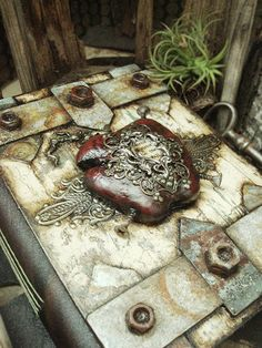 Altered Alchemy : of journals and imaginary worlds