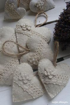 i like romantic stuff...i need to make some in the future for sweet smelling underwear...
