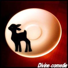 Divine-comedi-e: DIY: Peinture sur porcelaine.