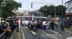 #Noticias #Venezuela #9JL: Choferes cierran accesos en Catia por asesinato de compañero protesta contra el asesinato