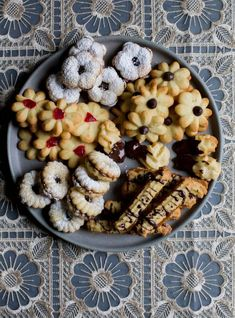 High Tea Cookies or Cookie Press Cookie Spritz Cookies, Tea Cookies, Cupcake Cookies, Köstliche Desserts, Delicious Desserts, Dessert Recipes, Cookie Factory, Chilean Recipes, Chilean Food