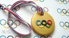 Go For The Win With These Seriously Lovely Olympic Gold Medal Cookies! Easily Whip Up A Batch Of These DIY Cookies For All To Enjoy!