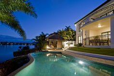 No hay casa de lujo sin piscina