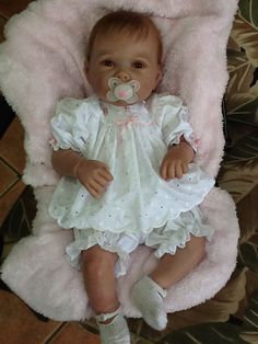 Lily by Linda Murray & Ultra Suede Cloth Body & Belly Plate - Online Store - City of Reborn Angels Supplier of Reborn Doll Kits and Supplies Bb Reborn, Reborn Toddler Dolls, Newborn Baby Dolls, Child Doll, Reborn Dolls, Reborn Babies, Girl Dolls, Life Like Baby Dolls, Life Like Babies