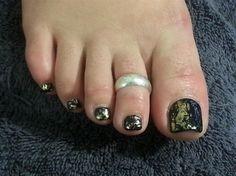 Pedicure Nail Art Gallery | Pedicure Toenail Art / Foiled Toes by ToniBenailed - Nail Art Gallery ...