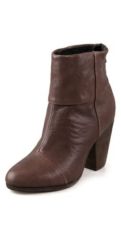 newbury boots in brown (my favorite shoes. so comfortable and versatile).