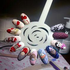 #winterpatterns #christmas #winter #nails