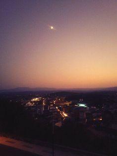 Atardecer en #MonforteDeLemos #Lugo #Spain by @EkaitzCanrog via Twitter
