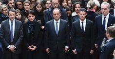 16日、パリ・ソルボンヌ大学で、同時多発テロの犠牲者追悼のために黙とうするフランスのオランド大統領(中央)ら(ロイター=共同) ▼16Nov2015共同通信|フランス全土を包む鎮魂の祈り 大統領も黙とう、国歌響く http://www.47news.jp/CN/201511/CN2015111601002017.html #Université_Paris_Sorbonne