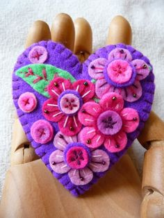 ES409 Japanese Art Inspired Heart Shape by designedbybettyshek Just4Grins