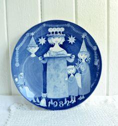 Stig Lindberg plate vintage Swedish Christmas motif