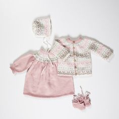 DG411-01 Elea hentesett rosa   Dale Garn Baby Knitting, Babys, Children, Kids, Onesies, Baby Knits, Clothes, Fashion, Pink