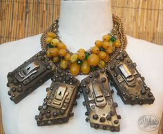 MAX'S KANSAS CITY, important necklace composed of four wood elements with case fermoirs, nails and cabochons, hanging from various chains enhanced with bakelite beads, plastic pearls and Swarovksi rhinestones. Vintage Designer Clothing, Couture Accessories, Fantasy Jewelry, Gemstone Beads, Costume Jewelry, Vintage Jewelry, Creations, Jewels, Gemstones