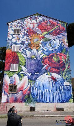 Liqen grew up in the industrial city of Vigo, Spain.