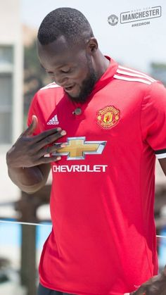 Welcome to Manchester United Romelu Lukaku. I Love Manchester, Manchester United Legends, Manchester United Football, Good Soccer Players, Football Players, Football Soccer, Premier League, Luke Shaw, Match Of The Day