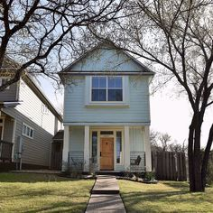 This amazing @homeaway rental is still available for #SXSW for $500 a night