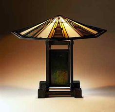 Lamp designed by Frank Lloyd Wright, Arts & Crafts Movement