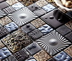 Our exquisite range of mosaics in varied styles and colours is perfect design material for swimming pools, splashbacks, kitchens, bathrooms, public buildings, restaurants.
