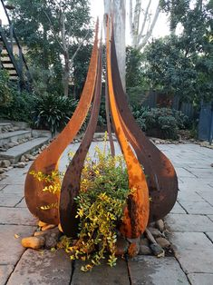 37 Awesome Outdoor Metal Garden Art Ideas You Must Try - Garten - . 37 Awesome Outdoor Metal Garden Art Ideas You Must Try - Garten - In modern cities,. Modern Garden Design, Landscape Design, Modern Design, Contemporary Garden, Garden Art, Garden Tools, Cement Garden, Metal Yard Art, Steel Art