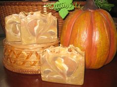 This listing is for one full sized bar of handmade Pumpkin Spice Soap. Pumpkin Spice is the smell of Sweet Autumn pumpkin topped with the