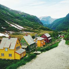 Norway // Flam // colouful
