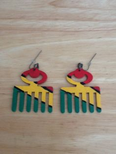 Duafe Wood Afro Pick Earrings Rasta Comb by SheaKreations on Etsy, $15.00