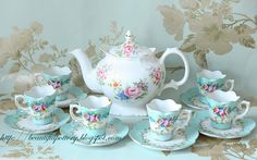 BEAUTIFUL POTTERY: Vintage teaset